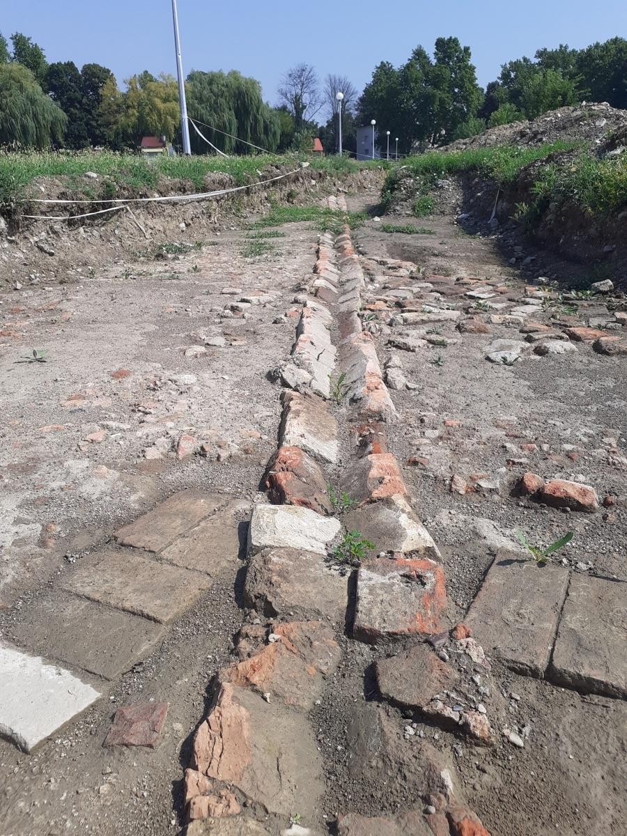 underground drainage Fortress