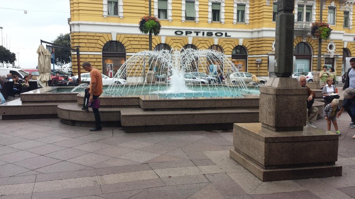 fountain Corso