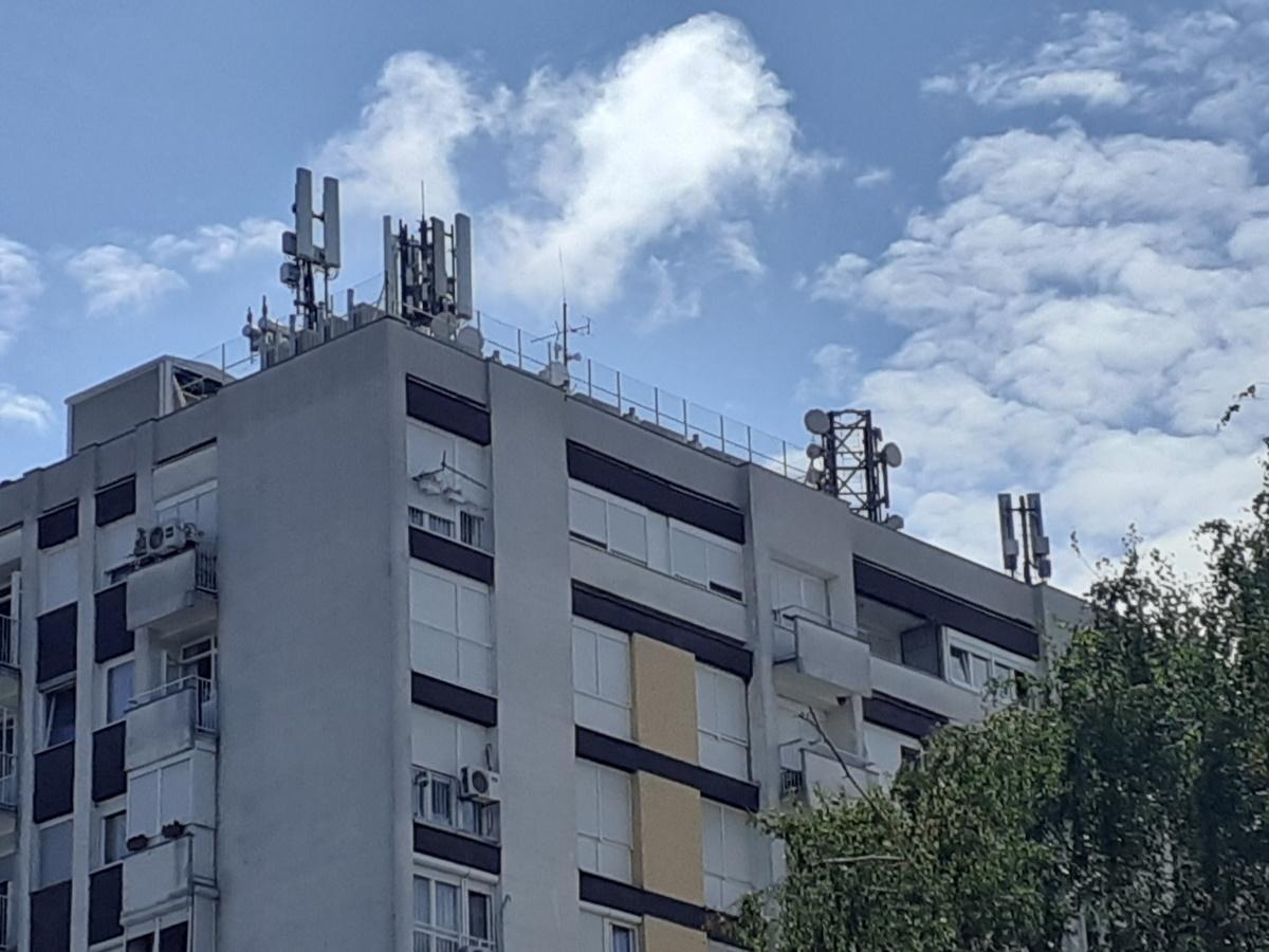roof installation equipment residential buildings pompidou center 1