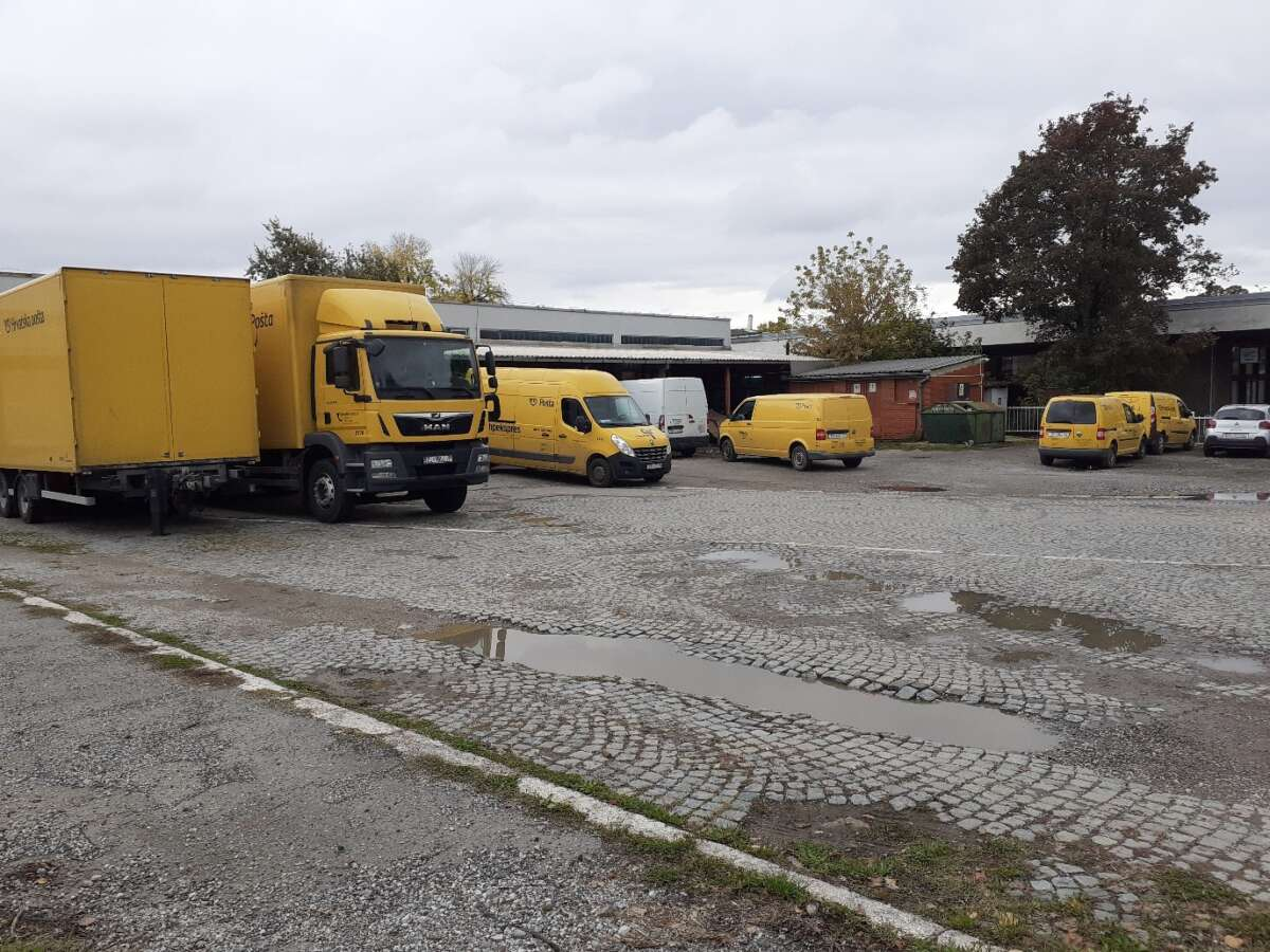 postal rolling fleet