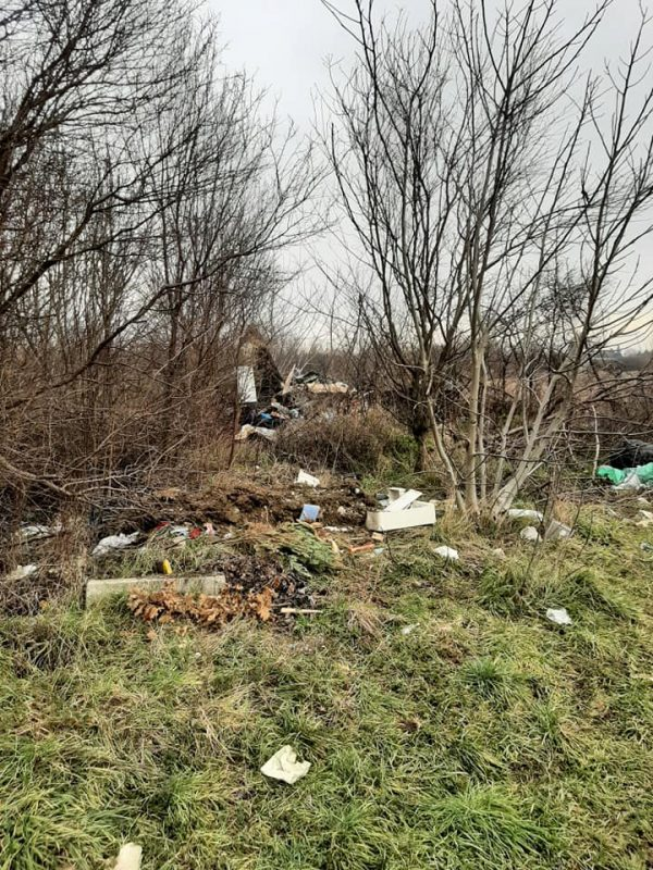 Wild-landfill-waste9