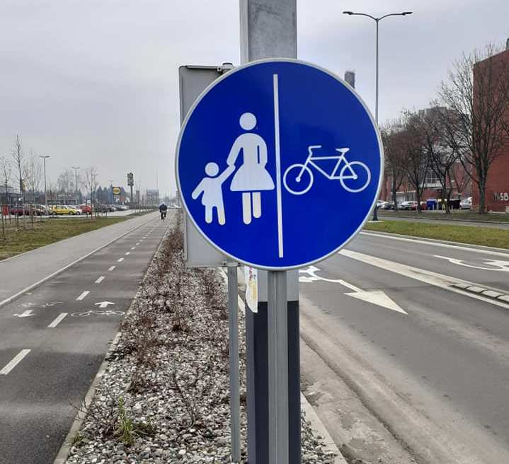 """What a stupid target 4-5 traffic signs, placed at eye level of """"blind"""" pedestrians?"""