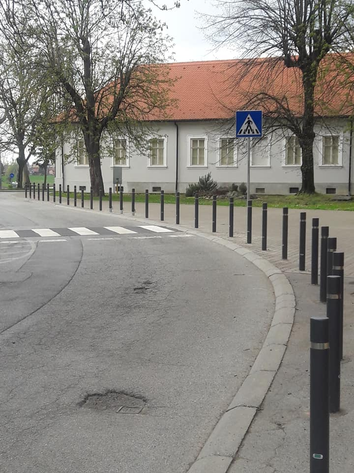 traffic-poles