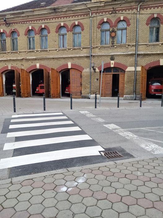traffic-poles2